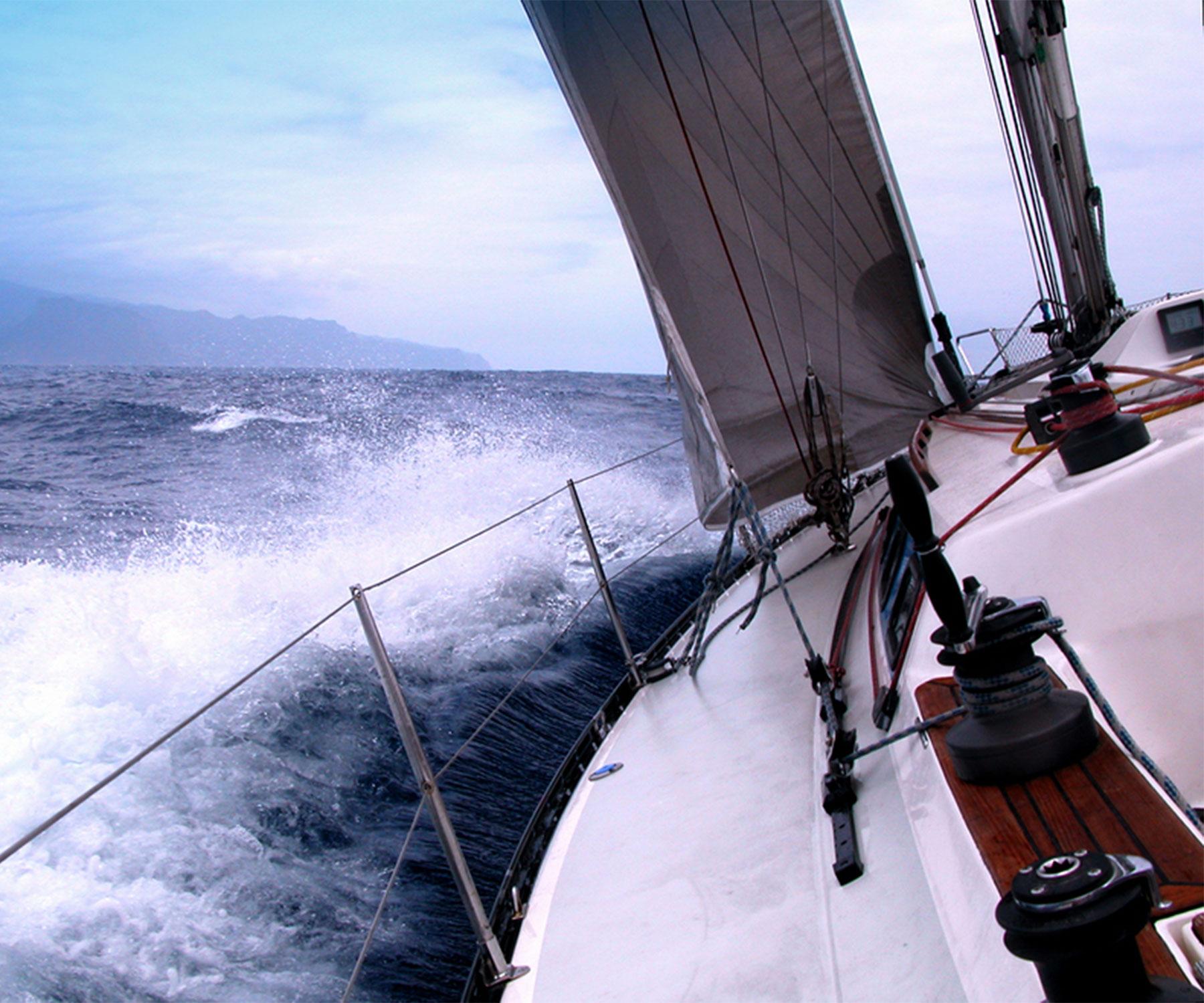 Personal sail boat fast sailing
